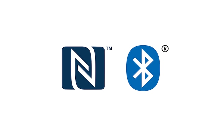 Logotipos NFC™ e Bluetooth®